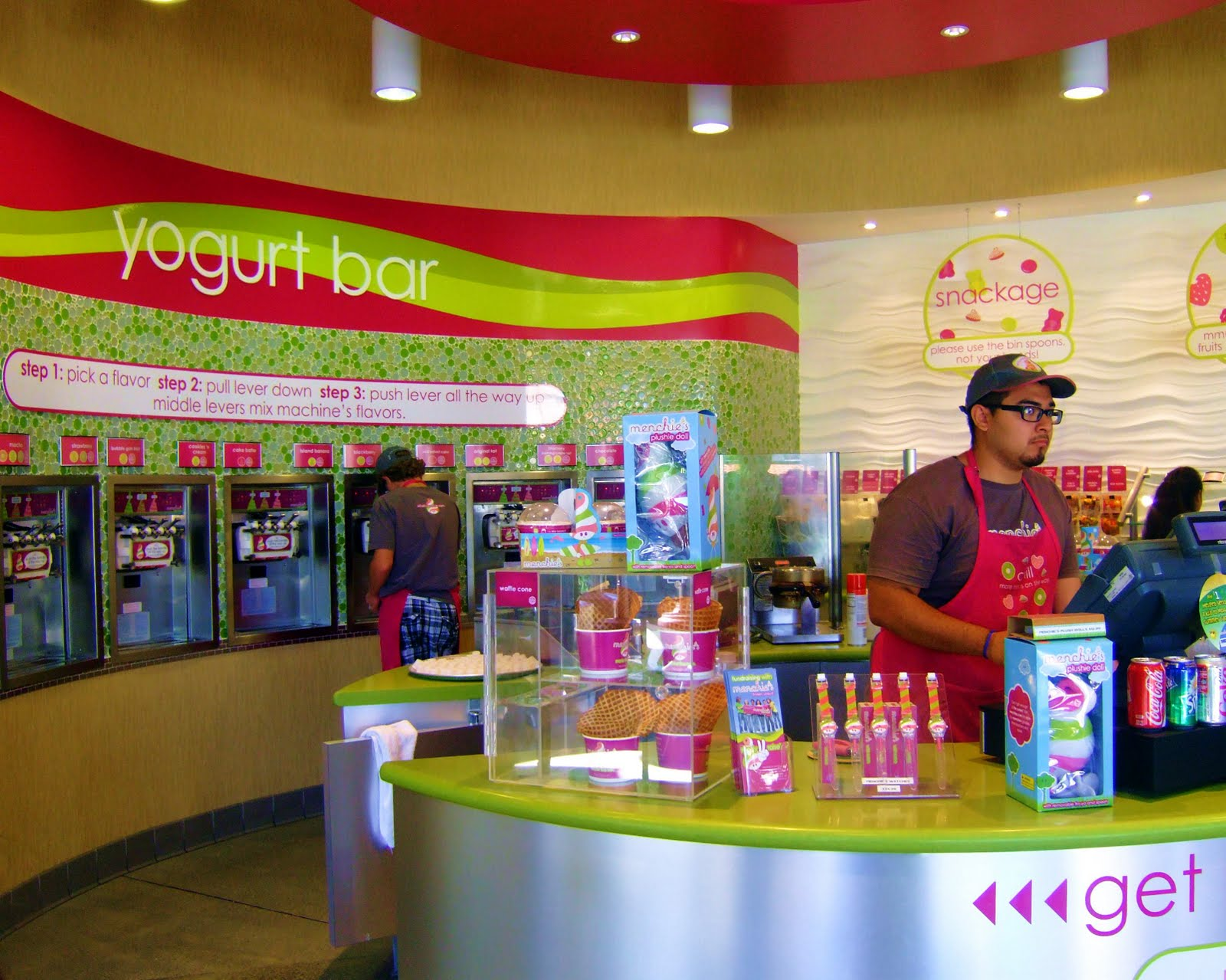 Why Do All Frozen Yogurt Places Have The Same Look Neogaf