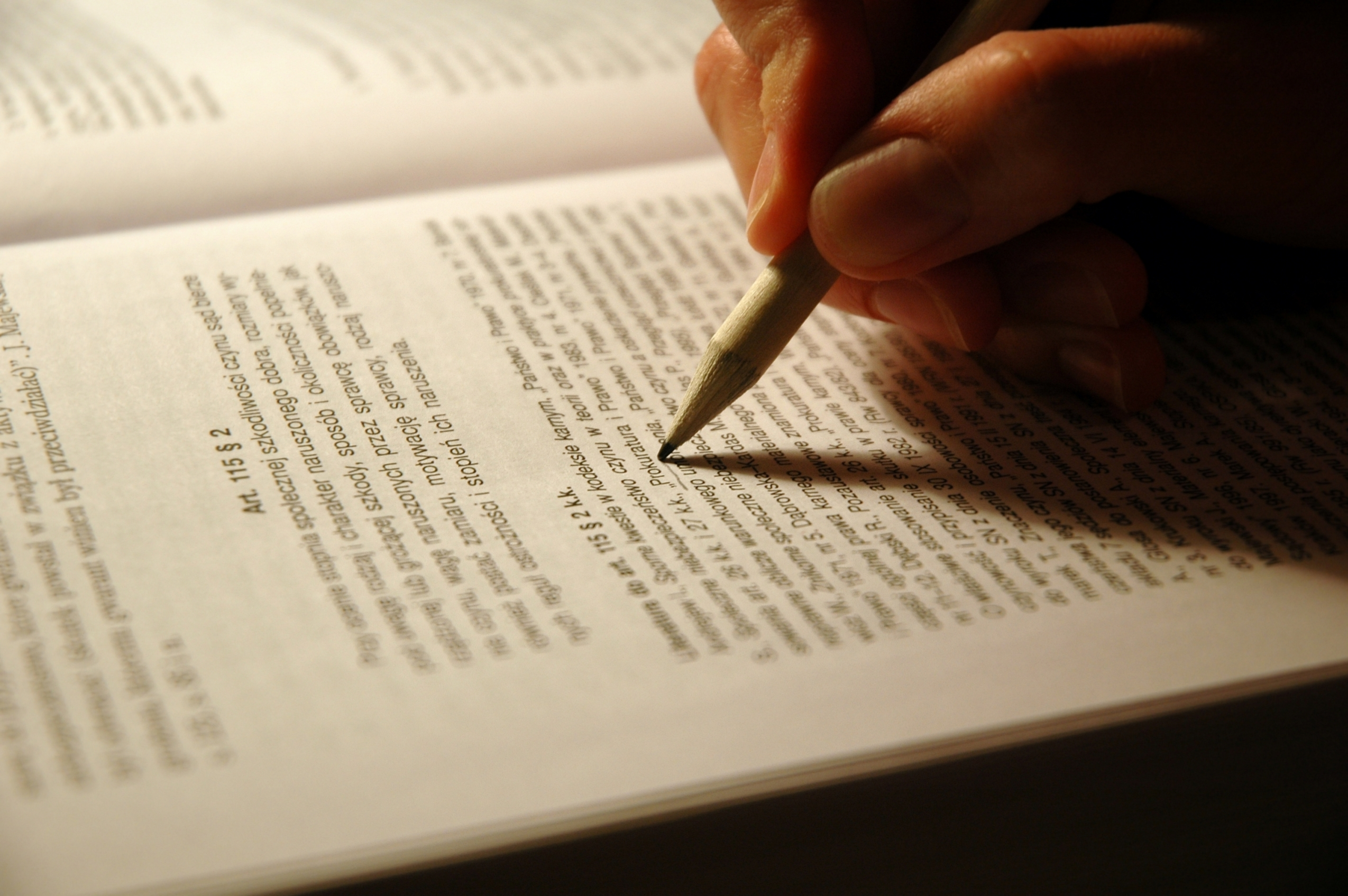 How to write an essay with thesis statement